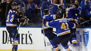 Tarasenko strikes twice as Blues hand Preds 1st playoff loss