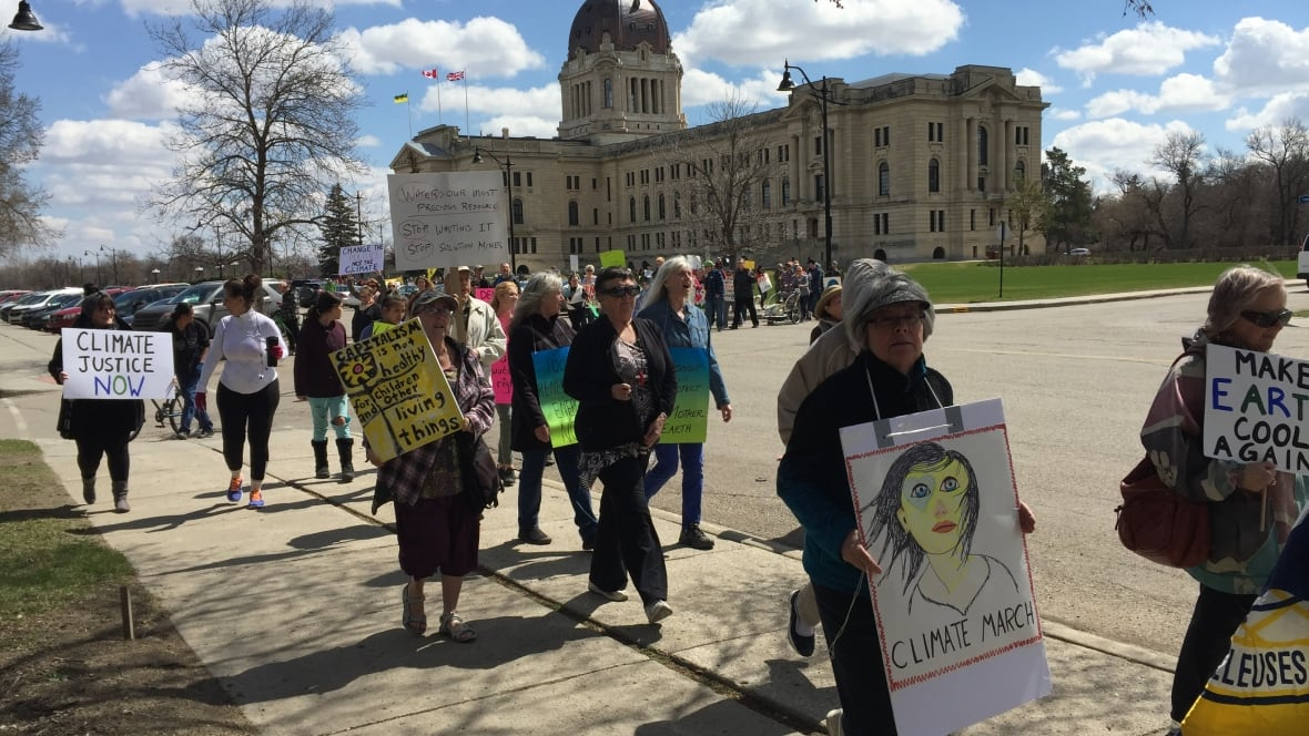 Regina residents join in on day of worldwide climate marches