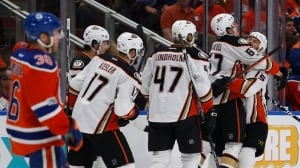 Ducks climb out of the well against Oilers with Game 3 blowout
