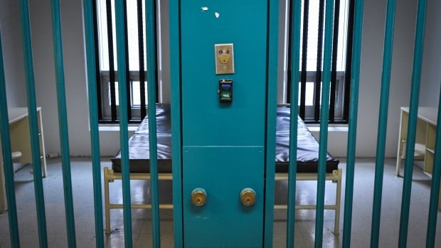 An inquest will be held into the death of 63-year-old Richard Foster, who died while serving a sentence at Collins Bay Institution in Kingston, Ont.