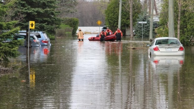 Homes evacuated, military deployed after flooding in Canada