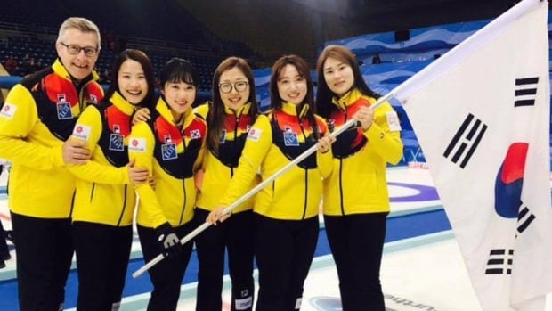 Peter Gallant with the national women's team for South Korea. From left to right: Peter Gallant, Skip Eun Jung Kim, Third Kyeong Ae Kim, Second Seon Yeong Kim, Lead Yeong Mi Kim, Korean coach and interpreter Min Jung Kim.