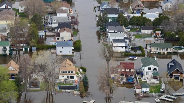 Flooding in Gatineau, Que., on May 4, 2017.