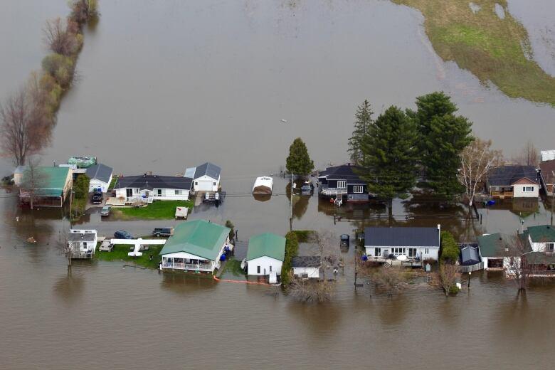 Ottawa-Gatineau flooding: Maps of road and path closures