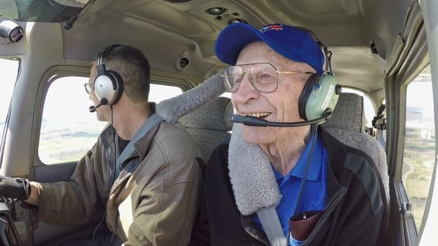 Bill Finlay got a chance to fly again for the first time in nearly 40 years for his 98th birthday.