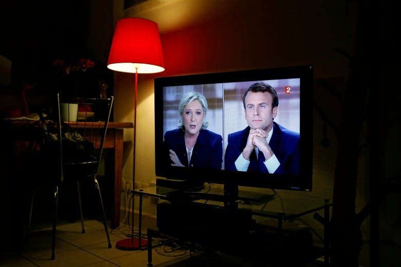 Macron's presidential campaign alleges 'massive' hacking attack after emails, documents leaked