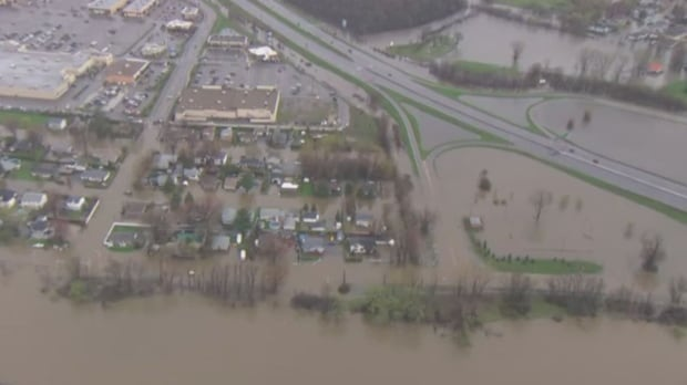 Aerial view of Gatineau flood from helicopter May 7, 2017