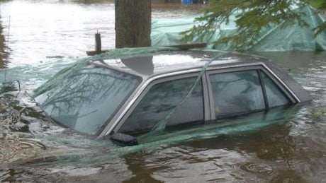 Several Ottawa roads closed due to flooding