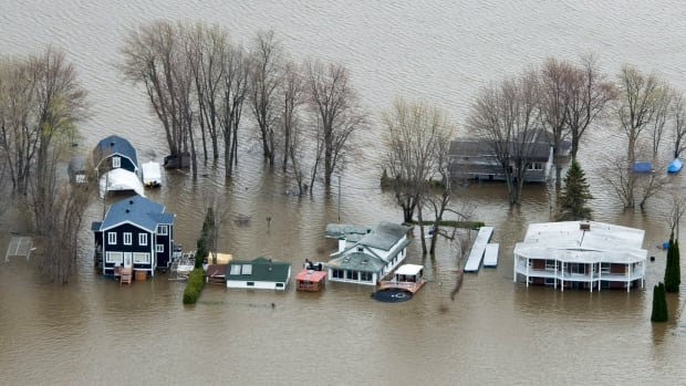 Rigaud residents told to evacuate now, as flooding could be more severe than in 2017