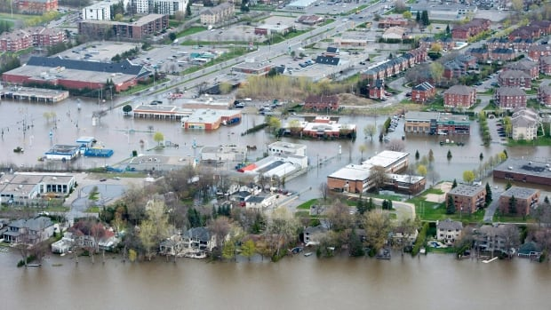 The flooded Pierrefonds district of Montreal on Monday, May 8, 2017.