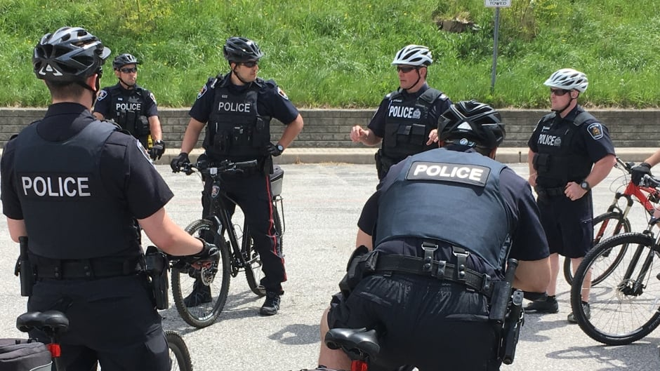 Windsor police expand bicycle unit