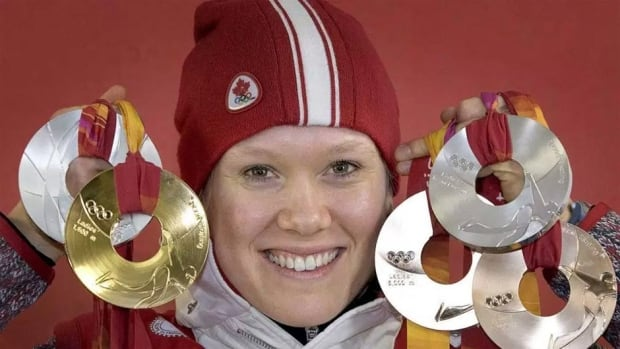 Cindy Klassen has hung up her skates and traded them in for a badge. The Olympian has become a member of the Calgary Police Force.
