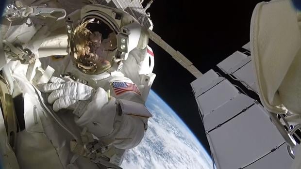 What it's like to spacewalk