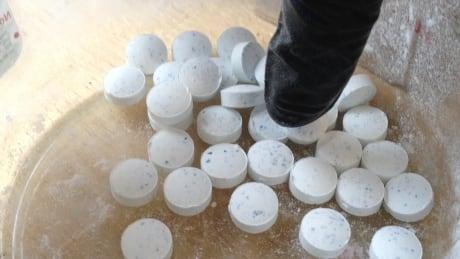 Fentanyl pill demonstration