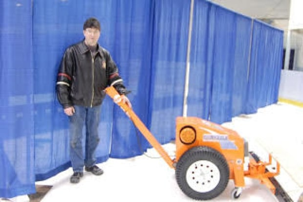 Souris curling Ian MacAulay