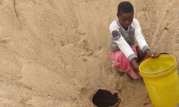 clean water ZImbabe rotary club