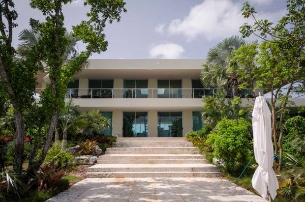 Bell Island House