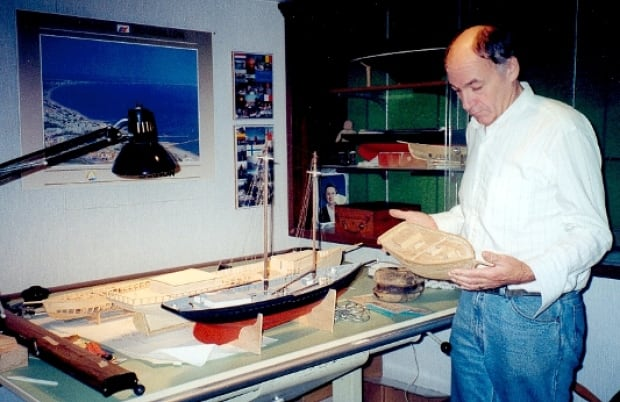 Searching for shipwrecks: How model boats can help divers hunting for history