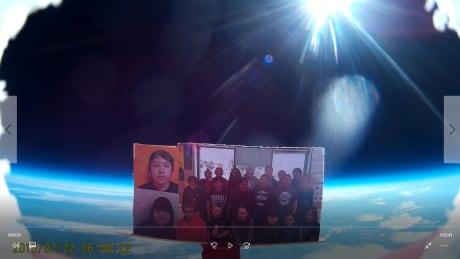 Student helium balloon project snaps Sask. class photo from edge of space