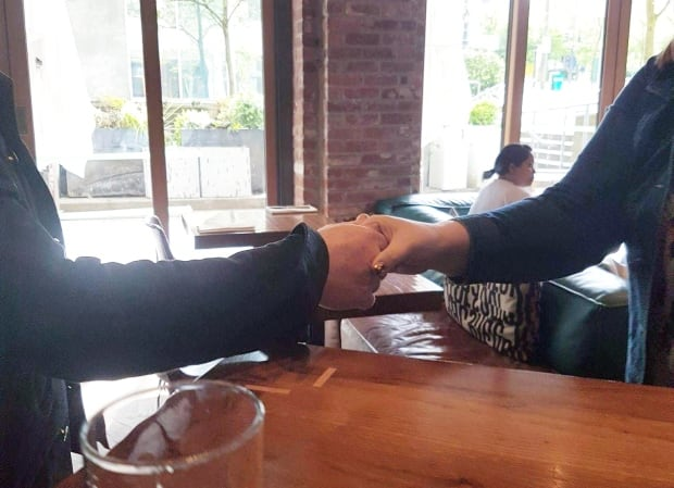'Just Incredible': U2 Fan Of 30 Years Bumps Into Bono At Vancouver Cafe