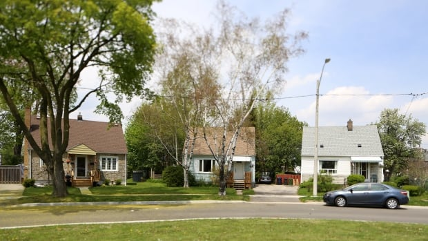 Toronto's preservation board is seeking approval to study making the war-time homes in Sunshine Valley part of a heritage conservation district.
