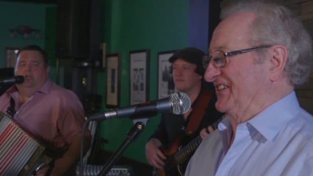 Bud Davidge performs with Shanneyganock in the band's new video Music & Friends.