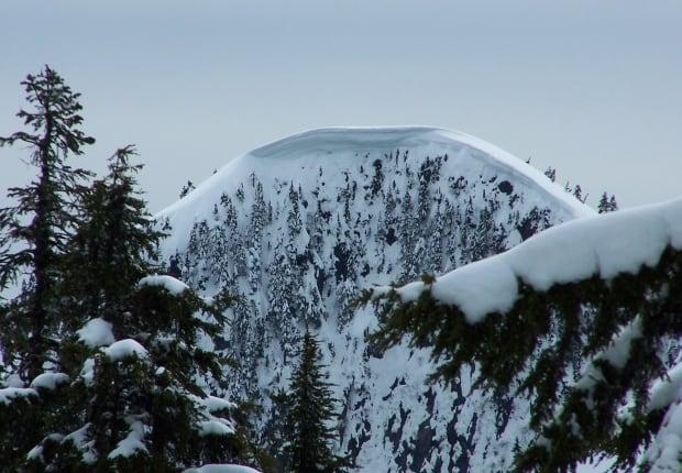 Mount Strachan cornice April 2017