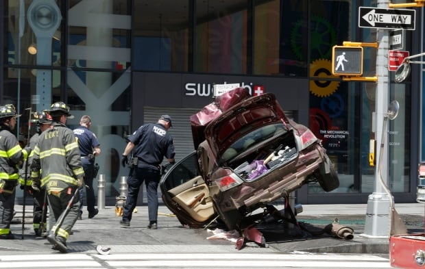 USA PEDESTRIANS STRUCK NYC