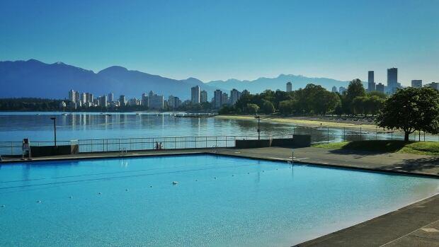 Kits Pool, Vancouver