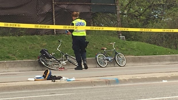Toronto boy dies after falling off bike and into path of auto