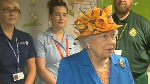 Queen visits the wounded at Royal Manchester Children's Hospital