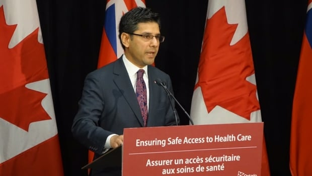 Ontario announces bubble zone legislation coming for abortion providers