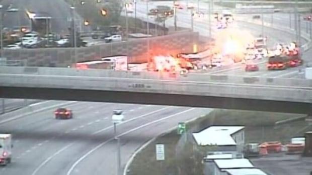 Highway 417 crash westbound Vanier Parkway Ottawa May 30 2017