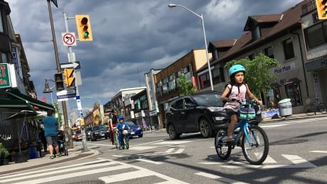 Bike lanes Bloor Toronto