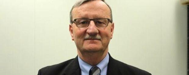Dr. David Williams