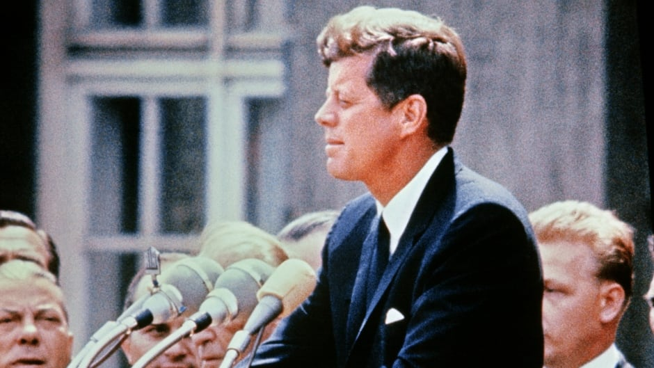 why jfk was a symbol of change for a generation michael s essay  a portrait taken on 15 1957 shows us senator john fitzgerald kennedy giving a