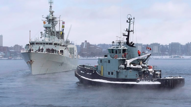 Former sailor sues federal government over mould doctors say made him sick Hmcs-st-john-s-deployment-20170109
