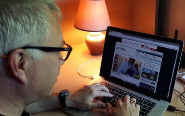 Brian Putman computer online surfing