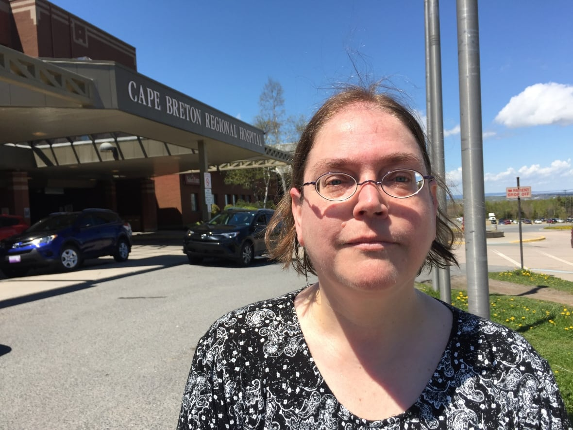 Telephone assessments coming for young Cape Breton psychiatric patients   CBC News