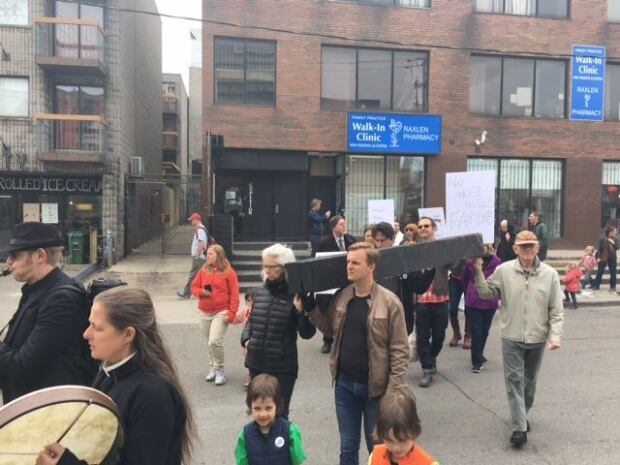 Kensington march
