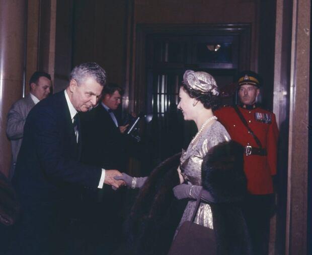 john diefenbaker queen elizabeth II chateau laurier ottawa 1957