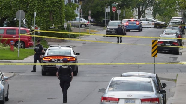Homicide detectives investigating after man, 42, found on sidewalk in downtown Hamilton