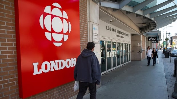 CBC London began broadcasting from its new studio on Dundas Street on June 12, 2017.