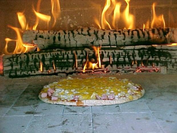 FOOD-SPELT-PIZZA
