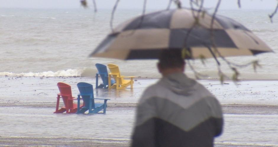 Toronto - Woodbine beach flood