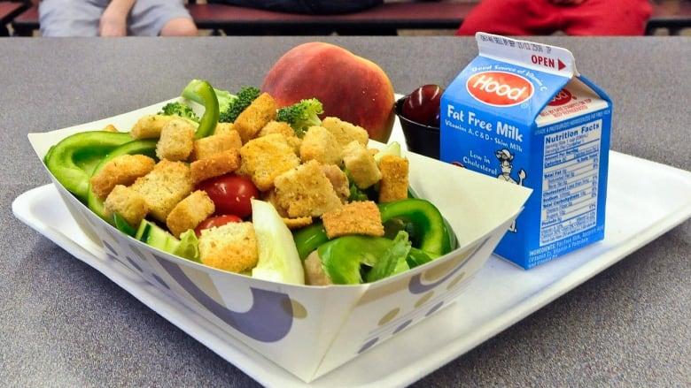 Schools still serving unhealthy food despite provincial policy | CBC