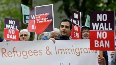 U.S. travel ban 'grey areas' could cause problems for Canadian permanent residents