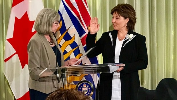 Christy Clark was sworn in as Premier of British Columbia earlier this month, but  a new poll suggests the majority of B.C. residents would rather see the Liberals accept defeat and Clark resign as party leader.