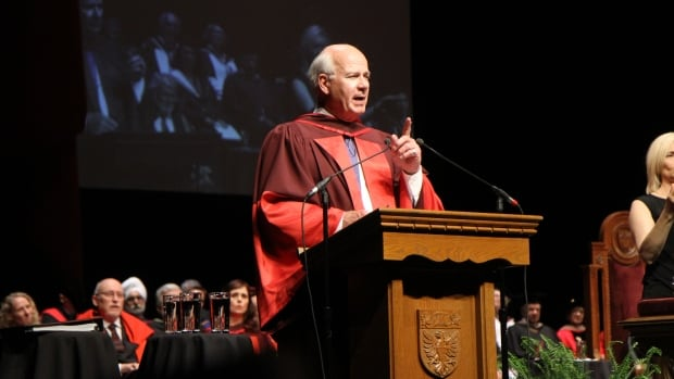Peter Mansbridge addresses the graduates of the DeGroote School of Business at their spring 2017 convocation.