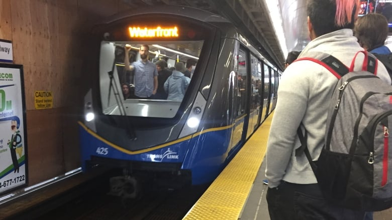 TransLink expected to announce expanded late-night service